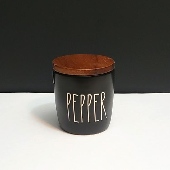 Rae Dunn PEPPER cellar